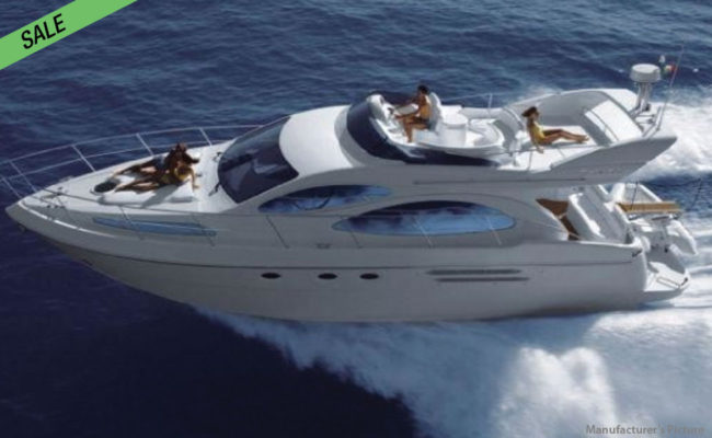 img_azimut_46_01-boat-for-sale