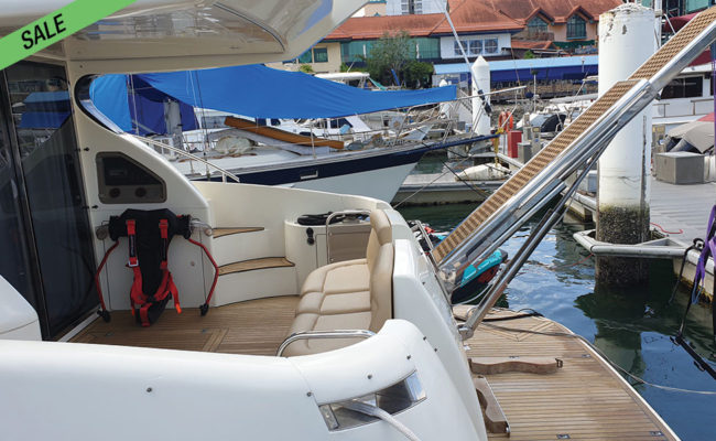img_azimut_46_03-boat-for-sale