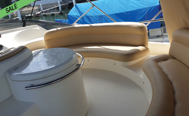 img_azimut_46_11-boat-for-sale