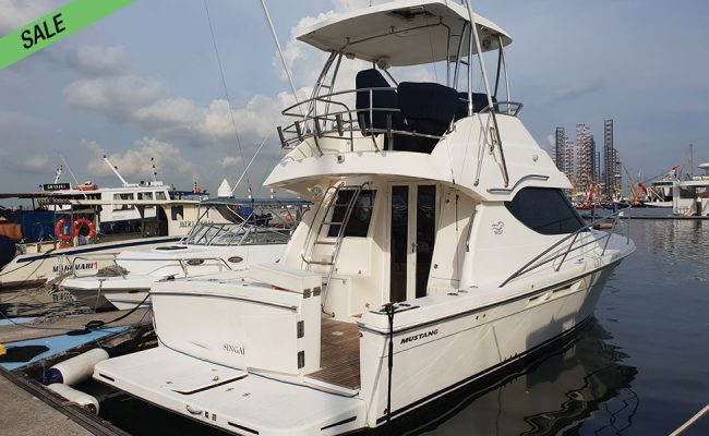 img_mustang_m37_02-boat-sale